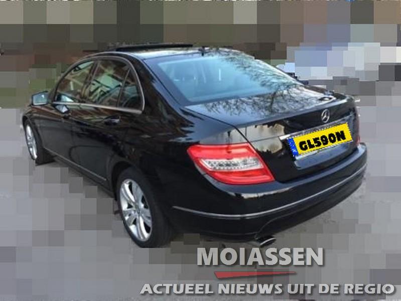 Zwarte Mercedes C220 CDI station gestolen bij garagebedrijf Assen