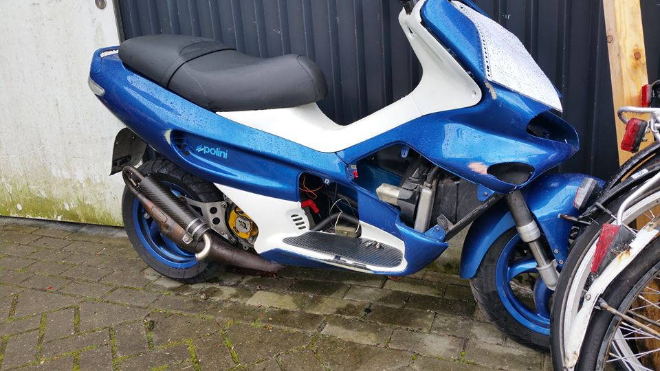 scooter in beslag genomen door politie