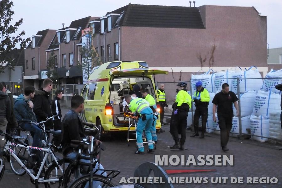 Bestuurder rijdt door na aanrijding met fietser op Groningerstraat in Assen