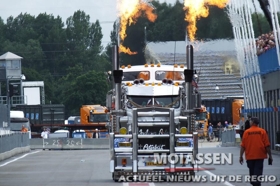De regen houdt het Truckstar Festival 2016  niet tegen(updat video)