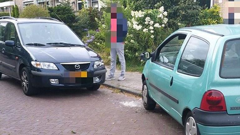 21-jarige Assenaar rijdt in Roden in op auto