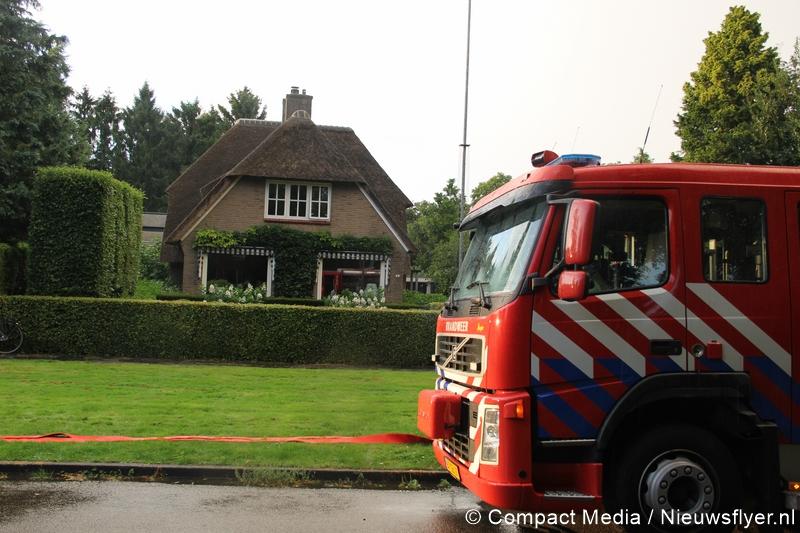 Woningbrand aan de Raadhuislaan in Paterswolde