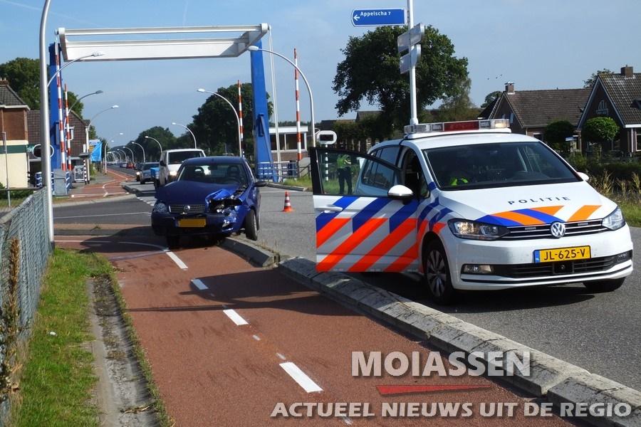 Automobilist gewond bij botsing met touringcar in Smilde