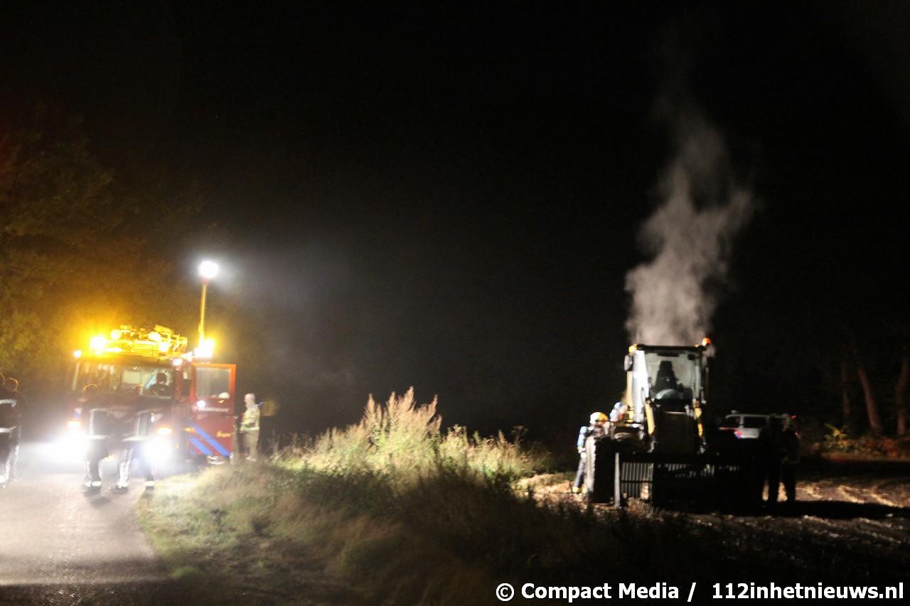 Landbouwvoertuig in brand aan de Oude Norgerweg in Zeijen