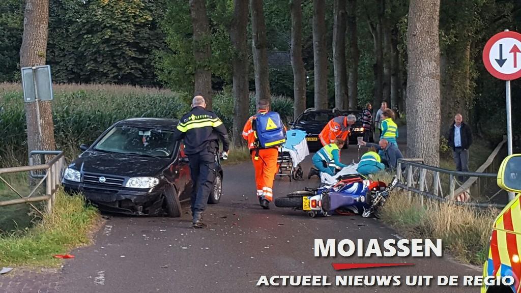 Motorrijder raakt zwaargewond na aanrijding auto in Anreep
