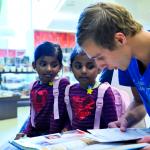 Studenten lezen twintig weken voor in gezinnen