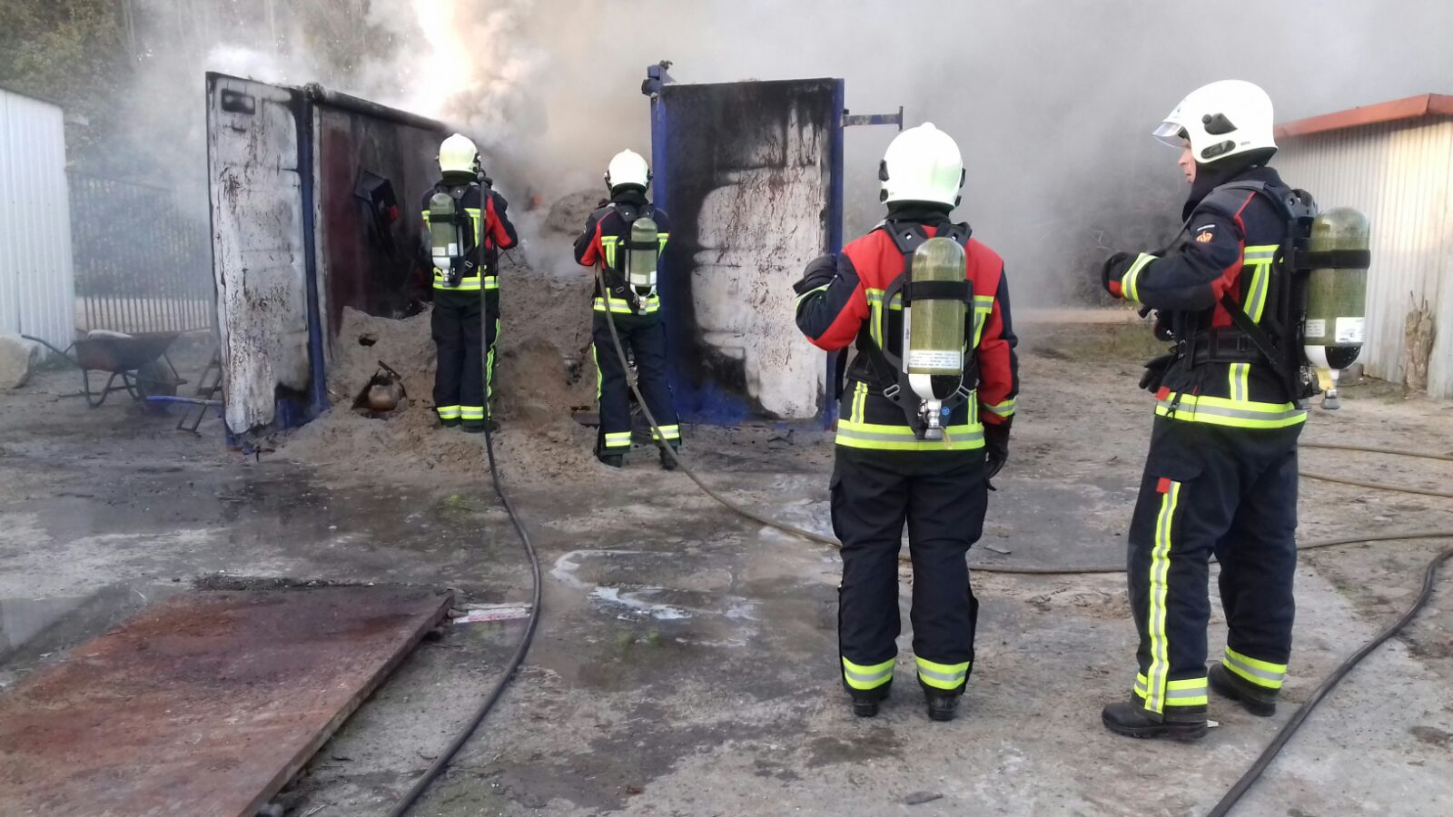Geen buitenbrand maar container brand in Assen