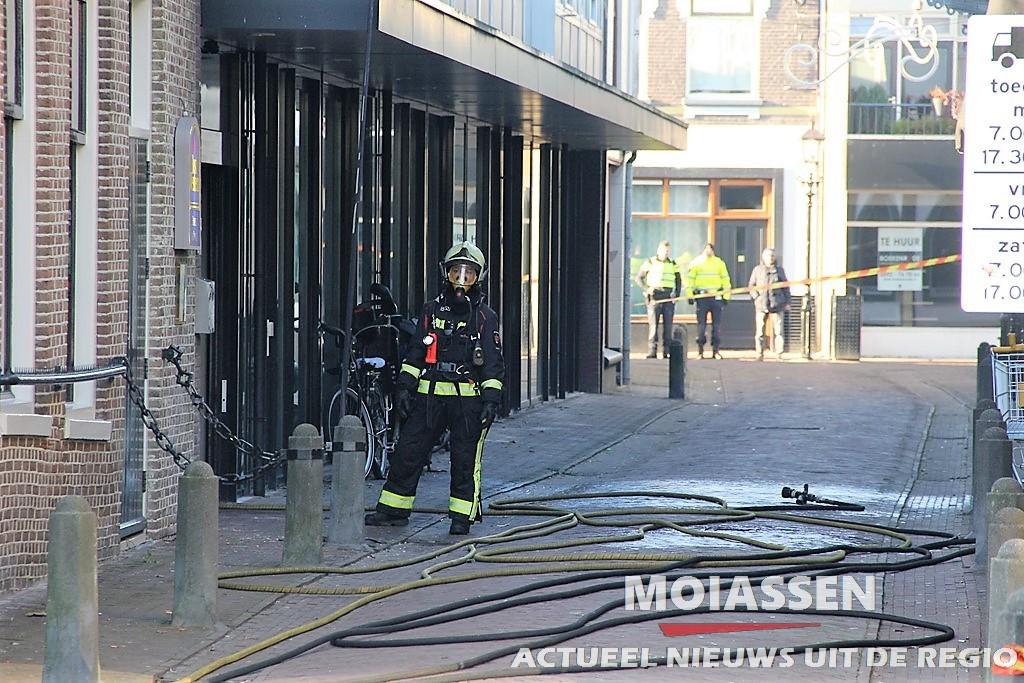 Brand bij horeca onderneming De Jonge aan de Brinkstraat in Assen