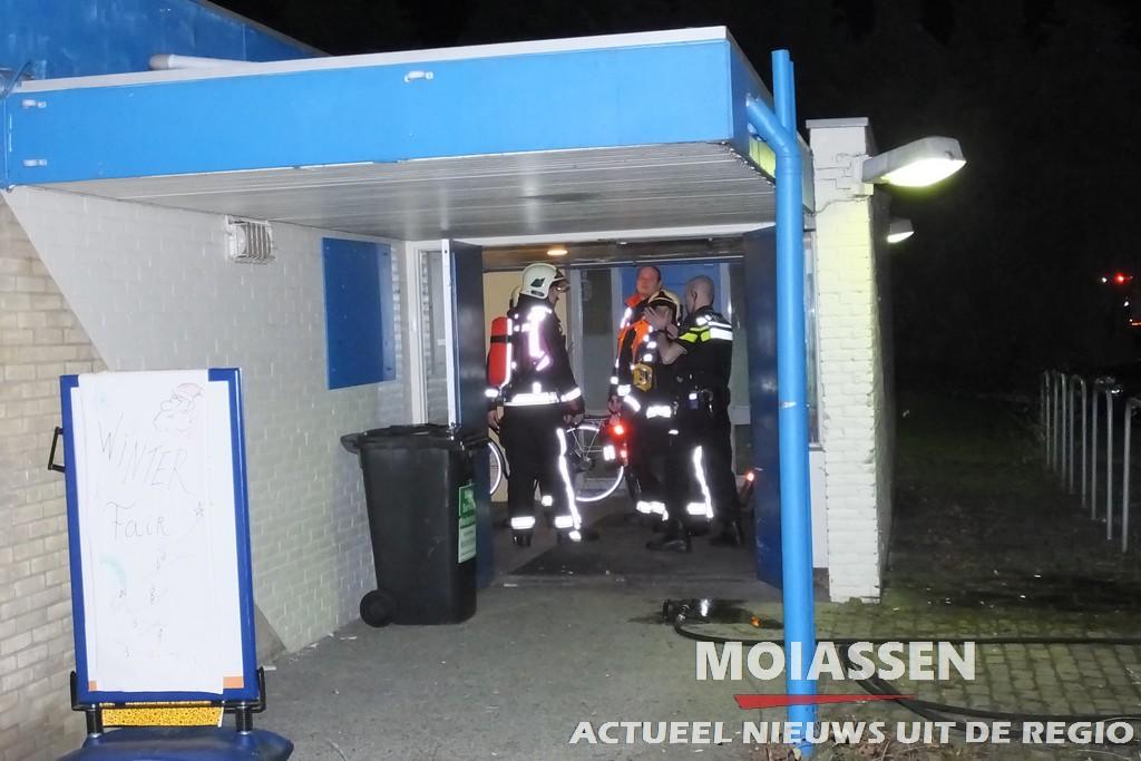Woningbrand gemeld aan de Prins Bernhardstraat in Assen
