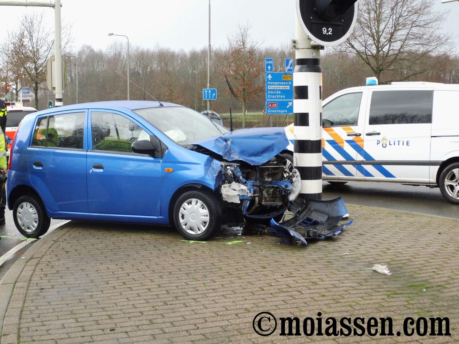 Automobilist raakt gewond bij ongeval Assen