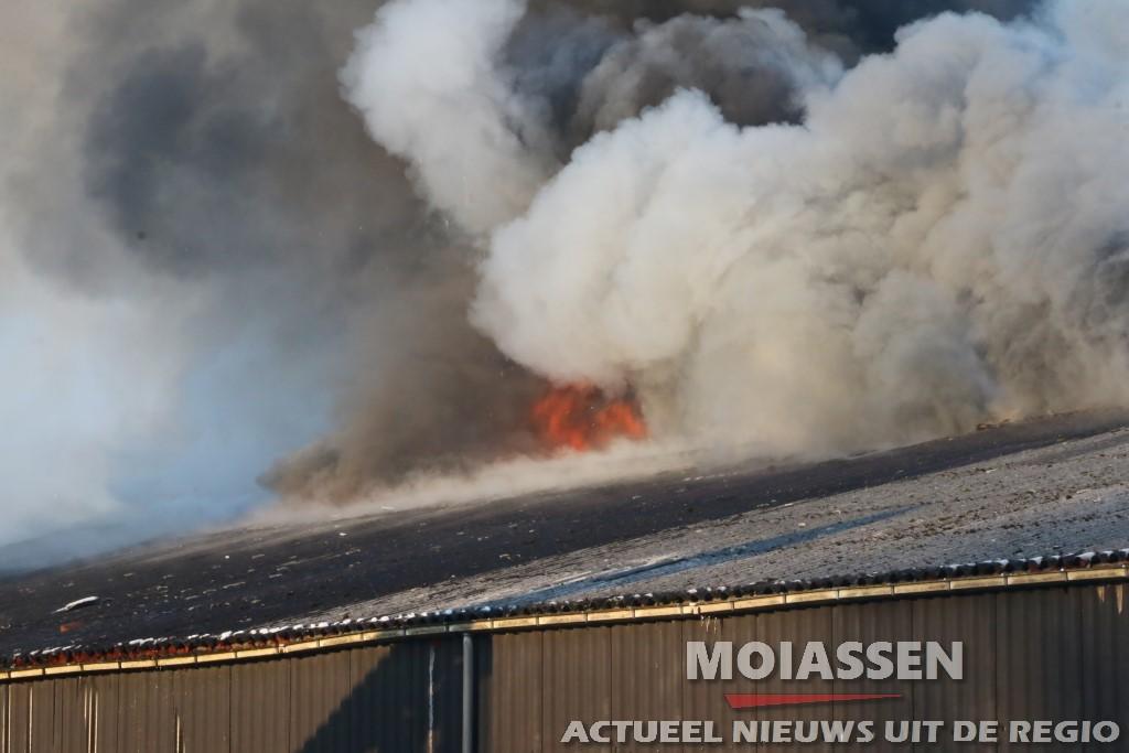 Zeer grote brand in Musselkanaal