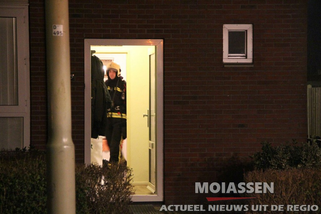 Bewoners geëvacueerd na gaslucht aan de Rudolf van Coevordenstraat in Assen