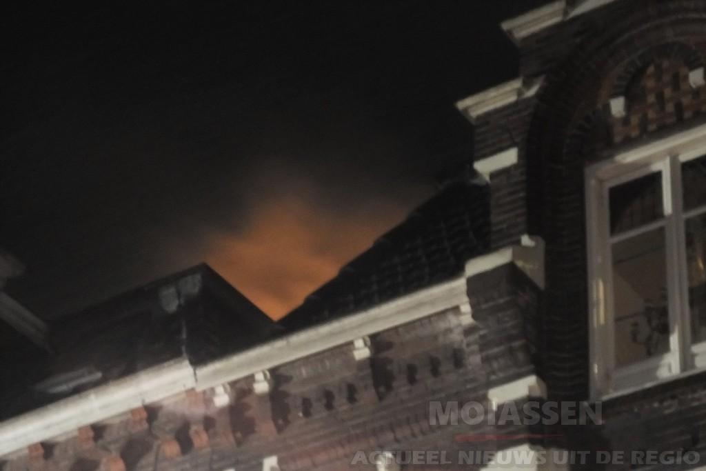 Brandweer Assen voor de tweede keer naar hetzelfde pand in het centrum