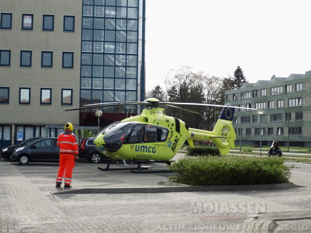Fietsster raakt ernstig gewond op Oosterparallelweg in Assen-Oost