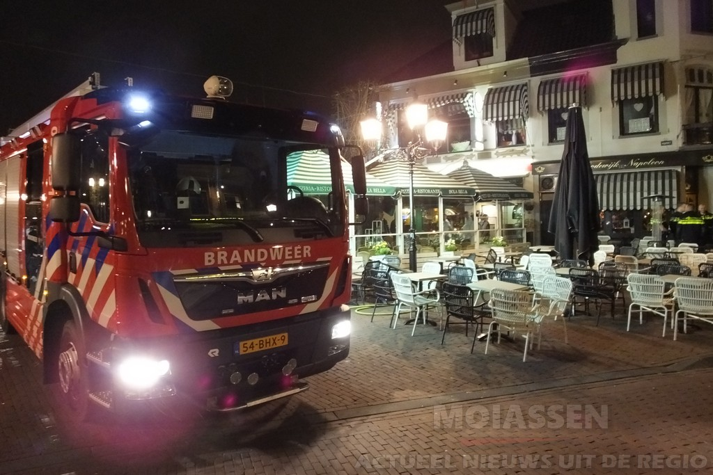 Brand bij restaurant Isola Bella aan de Markt in Assen