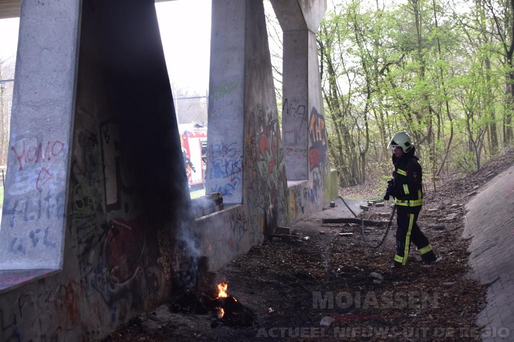 Buitenbrand aan Dr. A.F. Philipsweg in Assen