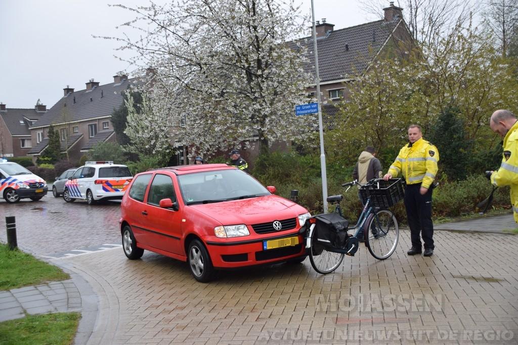 Fietsster naar ziekenhuis na ongeval met auto in Assen