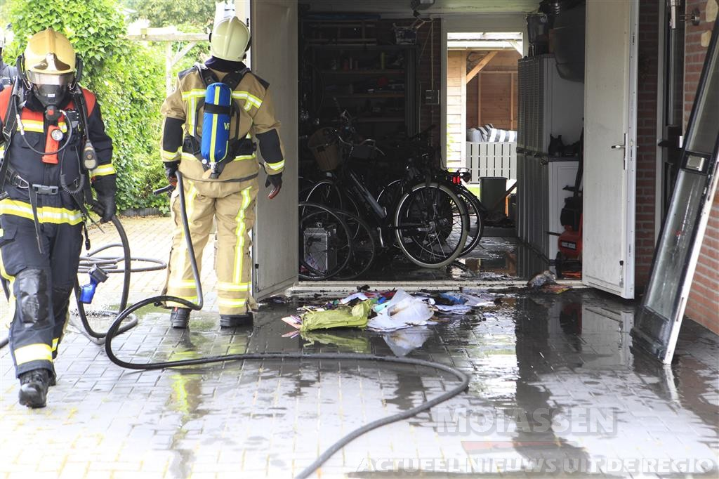 Brand in garage Bonnerhoek Gieten