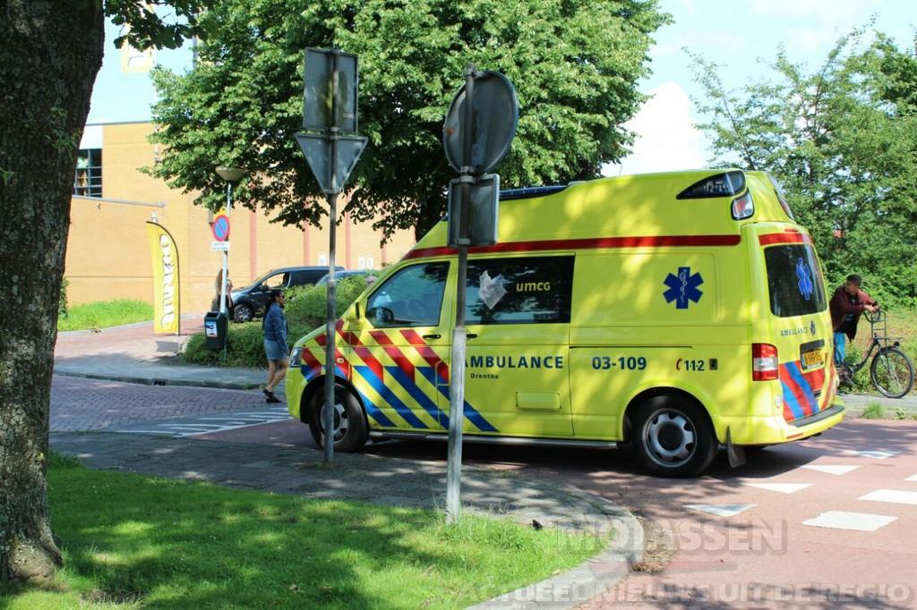 Twee gewonde bij aanrijding op de Selma Lagerlöflaan in Assen