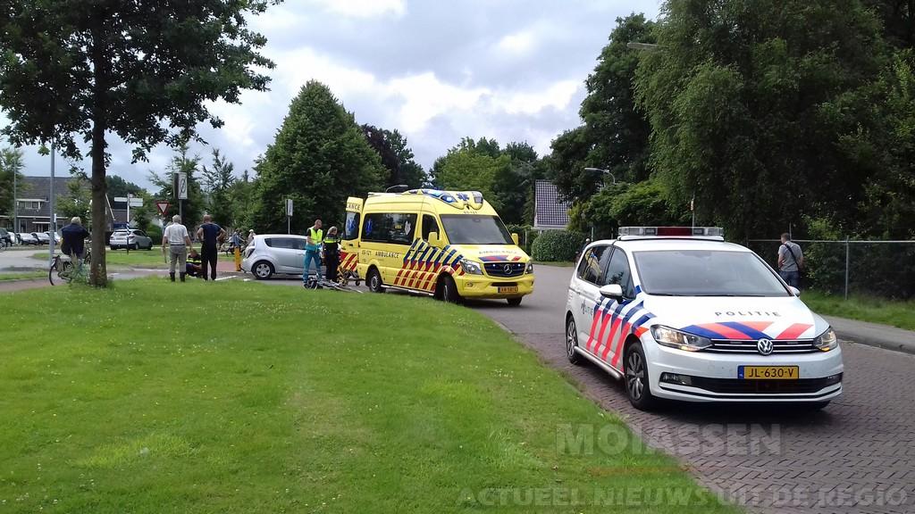 Fietser aangereden op de Nieuw Rijksweg in Vries door automobilist