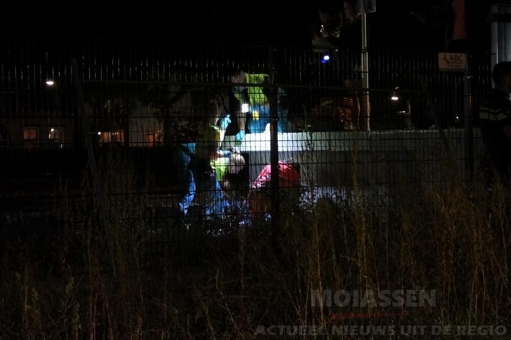 Persoon ernstig gewond aangetroffen naast het perron aan Stationsplein in Assen