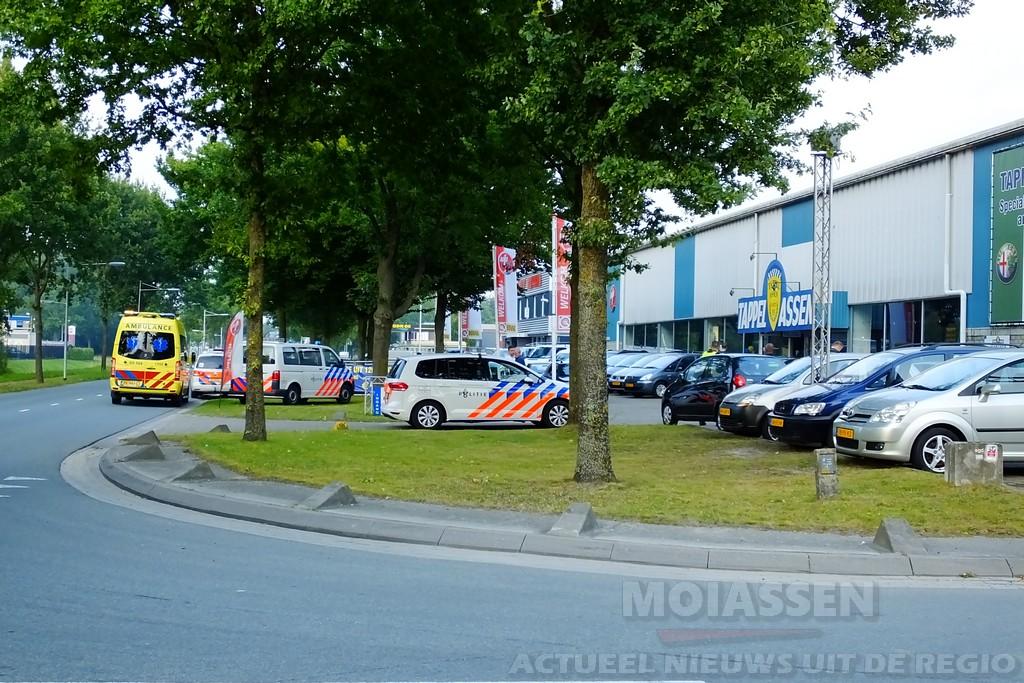 Meerdere politie-eenheden en een ambulance gealarmeerd voor een incident aan de A.H.G. Fokkerstraat in Assen