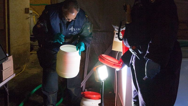 27-jarige man uit Assen gepakt bij drugsinval in Gelderland