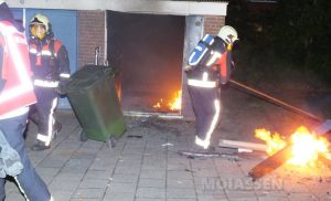 Weer brand in fietsenhok Smetanalaan in de Asser wijk Noorderpark
