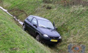 Auto belandt in greppel bij Borger