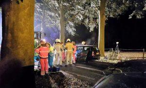 Zware aanrijding tussen tractor en auto in Kostvlies Gieten