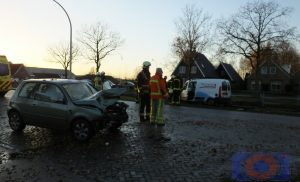 Zwaargewonde na botsing Auto-Auto in Bovensmilde