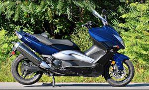 Scooter gestolen aan de Kennemerland in de wijk Baggelhuizen Assen