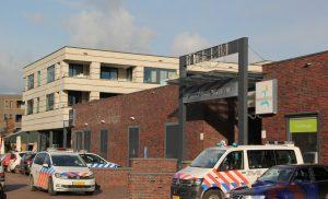 Gewapende overval op Wibra in winkelcentrum Vredeveld in de wijk Assen-Oost
