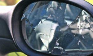 Politie pakt verdachten van vernielen auto's in de wijk De Lariks in Assen op
