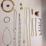 De politie zoek eigenaar van sieraden