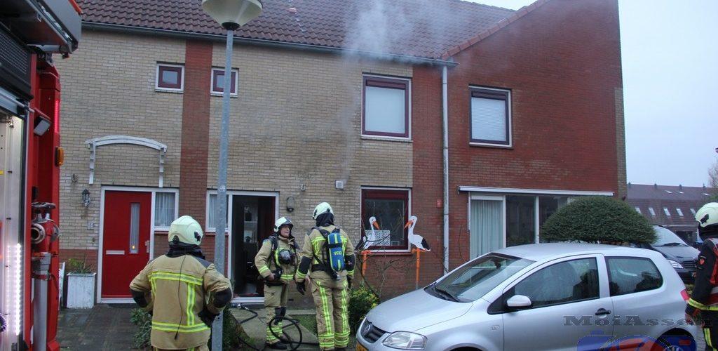 Woningbrand aan de Krekelkleuven in de wijk Marsdijk in Assen