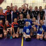 Record aantal deelnemers doen mee aan het Cool Moves Volley/Smashbal toernooi