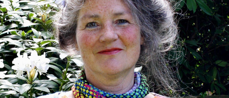 Presentatie dichtbundel Nicolette Leenstra bij Vanderveen