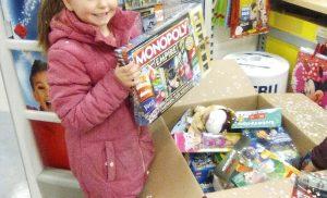 Vera Meloni wint kerstpakket van Intertoys Vanderveen