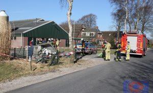 Automobilist rijdt transformatorhuisje omver