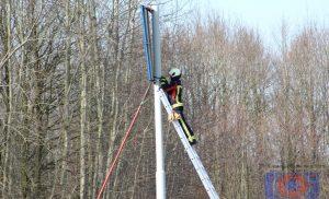 Brandweer Assen – Oost moet verkeersbord 'redden' in Assen
