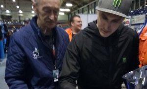 Wereldkampioen ijsspeedway Koltakov tekent voor ijsbaan Assen
