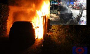 Brand verwoest twee auto aan de Marconistraat / Klenckestraat Assen
