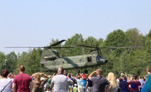 Ondanks de warmte was het druk tijdens de Landmachtdag op de Johan Willem Friso Kazerne in Assen