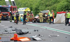 Vijf gewonden na frontale botsing op N34 bij Schipborg