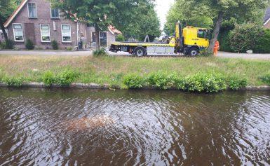 Automobilist belandt in Drentsche Hoofdvaart Smilde