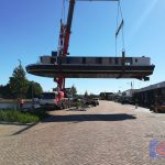 Rondvaartboot in Assen uit het water voor reparatie