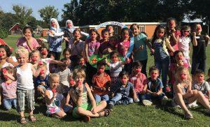 Circusfeestje voor vluchtelingenkinderen in azc Assen