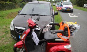 Bestuurder van scootmobiel raakt gewond bij aanrijding op de Hoofdvaartsweg in Assen.