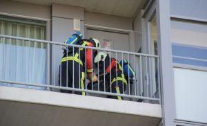 Hulpdiensten ingezet na afgaan rookmelder in flatgebouw in Assen-Oost